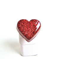 Sparkling red glitter heart ring - fun kawaii heart ring - glitter resin cocktail ring - harajuku fashion by Sparkle City Jewelry