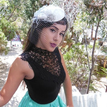 Wedding Veil, Birdcage Veil, Feather Fascinator, Bridal Veil, Lace Hat, Swarovski Crystal, Silver, High Fashion
