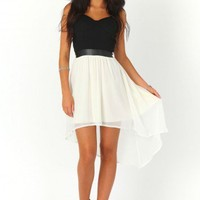 Missguided - Ruthie Contrast Asymmetric Bustier Dress