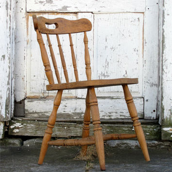 Antique Wooden Saloon Chair/ Minimal/ Circa 1800s Victorian Early American/  Spindle Back/