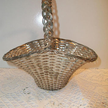 Silver Gray Metal Wire Basket Woven Decorative Shabby Chic Home Decor Accents
