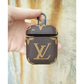 LV Louis Vuitton Fashion New Monogram Print Women Men Protective Case Earphone Case No Headphones