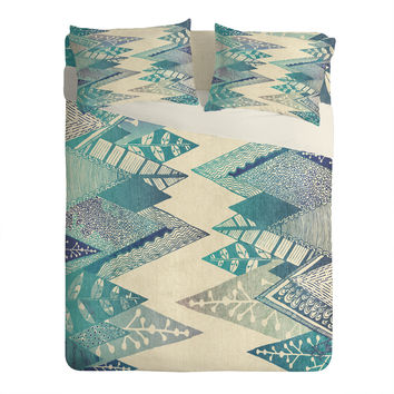RosebudStudio Take Me To The Mountains Sheet Set Lightweight