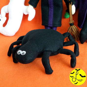 Cute Spider Plushie / Small Felt Halloween Toy with Googly Eyes