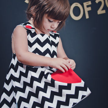 Black & White Chevron Pinafore Dress with Heart Pocket INFANT-TODDLER