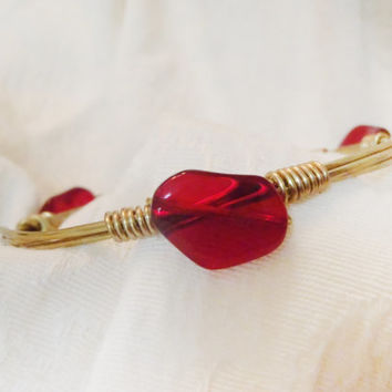 Dark Ruby Red Glass Bead on Wire Wrapped Bangle -  Polished Glass Stone on gold tone wire