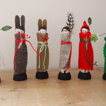 Peg dolls, hand painted Autumn woodland forest designs