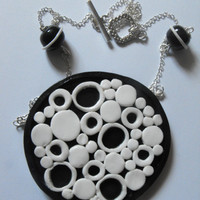 Fimo polymer clay black & white retro circles necklace