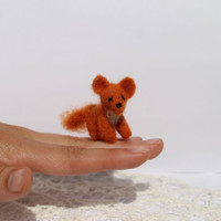 Needle felted miniature fox, made to order, doll house toy