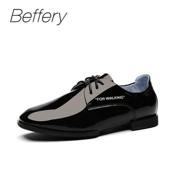Beffery Spring Patent Leather Oxford Shoes Women Flats Pointed Toe Casual Shoes Lace-Up Soft Leather Womens Shoes Retro Brogues