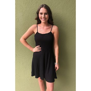 Hold Me Close Dress- Black