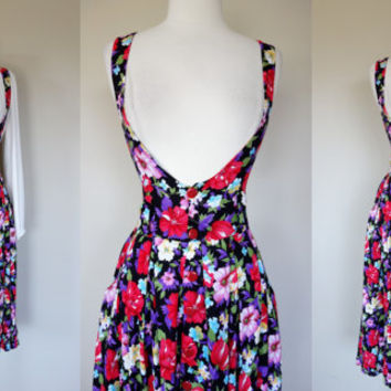 1980's rayon jumper, floral print fit and flare A line suspender button up dress, Small, US 6