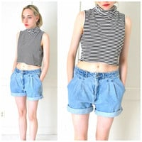 PLEATED denim shorts vintage 1990s early 90s GRUNGE high waisted LIGHT wash faded rolled up jean shorts size 28 29