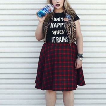 Only Happy When It Rains Grunge Street Goth Women's Casual T-Shirt
