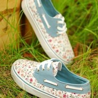 Fashion flower canvas shoes from jennybrant