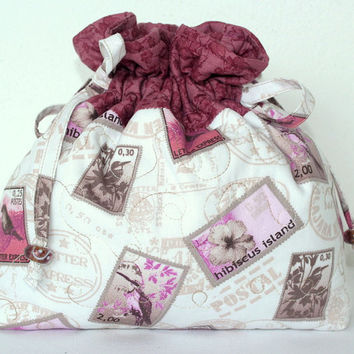 Drawstring Bag Project Bag Jewelry Pouch Quilted cream and pink drawstring bag