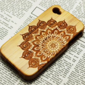 Custom wood iPhone 6 Case.Mandala Wood iPhone 5s Case.Wood iPhone 6plus Case.Flower wood iPhone 5 Case.iPhone 5c Case.wood iphone 4s case