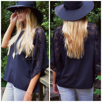 SZ LARGE Little Havana Black Angel Sleeve Top