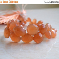 Sale Peach Moonstone Gemstone Briolette Faceted heart 6.5 to 9.5mm 20 beads