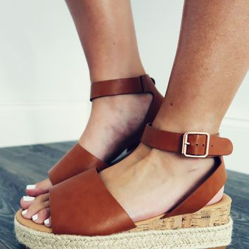 Feel A Connection Wedges: Cognac