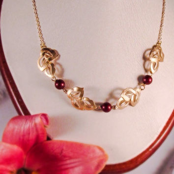 Red and gold bridesmaid necklace Gold leaf necklace with burgundy pearls Grecian necklace Red pearl necklace Red bridal party gift for her