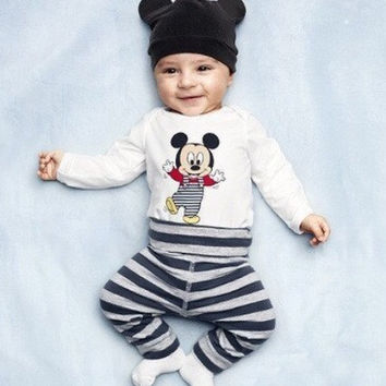Mickey top & pants PJ set