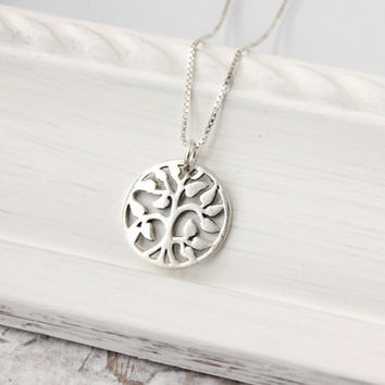 Tree of life necklace, 925 sterling silver, silver necklace, family necklace, love necklace, gift for wife, mom, grandma