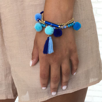 Perfect Pom Pom Bracelet Set in Blue