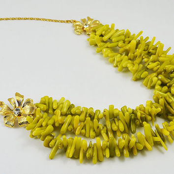 SALE CORAL MULTİSTRAND 50%. Multi Strand Gold plated yellow Necklace. Three lines multi strand necklace.  Boho stlye beadwork  Necklace.