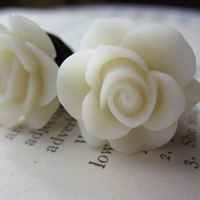 Plugs-Gauges-White Roses-10g, 8g, 6g, 4g, 2g, 0g, 00g, 1/2g, 13mm, 7/16g, 5/8g