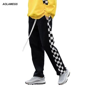 Aolamegs Men's casual pants side stripe black white plaid track pants street fashion loose sweatpants drawstring straight pants