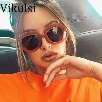 2017 Fashion Sunglasses Women Sexy Luxury Brand Designer Vintage Sun glasses Female Rivet Shades Big Frame Style Eyewear Oculos