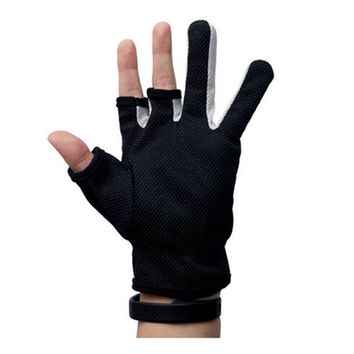 Rowsfire 1 PAIR Fishing Fingerless Gloves Breathable Gloves 3 Cut Finger Gloves Black Free Size Protects Your Hands While Riding