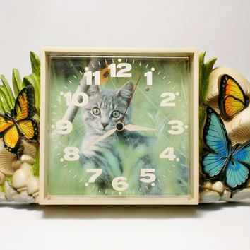 Cat Lover Clock with Retro Graphics of Butterflies and Mushrooms Burwood Products 1978 Feline Fantasy Kitchen Kids Room