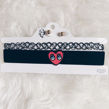Heart Eyes Choker Set