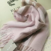 100%Classic Burberry cashmere scarf Pink