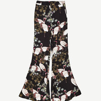 FLARED PRINTED TROUSERS DETAILS