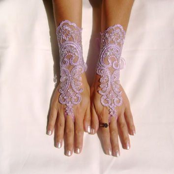 Lavender gloves lilac bridal gloves light purple fingerless lace gloves french lace free ship silver frame