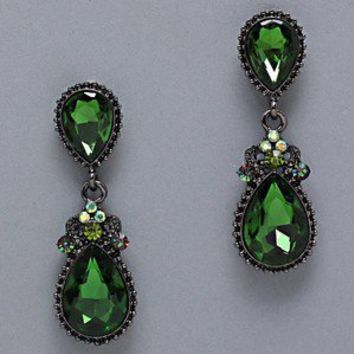 ELEGANT Emerald Green Crystal Glass TearDrop Black Post Earrings Costume jewelry