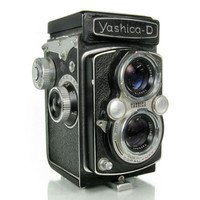 Vintage Yashica Camera / 1960s TLR Twin Lens Reflex 120 film / Made In Japan