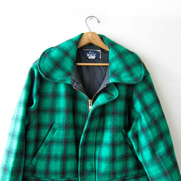 Vintage Woolrich Wool Coat. Hunting Jacket. Oversized Plaid Winter Coat. Men's size 44