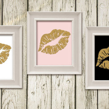 KISS LIPS Black White Gold Pink Digital Typography Art Print Wall Art Home Decor G067