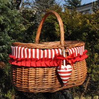 Picnic basket, wicker basket, willow picnic basket, new wicker picnic baskets, hand woven, gift for wedding, decorative picnic basket.