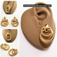 Avon Three Ring Hoop Pierced Stud Earrings Gold Tone Vintage Twisted Rib Door Knocker Style Surgical Steel Posts