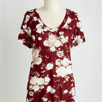 Folk Art Mid-length Short Sleeves Just Because Tee in Burgundy