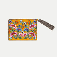 WALLET WITH EMBROIDERED FLOWERS DETAILS