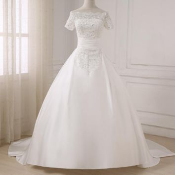Elegant Boat Neck Short Sleeves Wedding Dresses Beaded Lace Applique Ball Gown Wedding Dress
