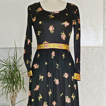 Vintage 1960s Frolicking + Gypsy Storyteller Dress