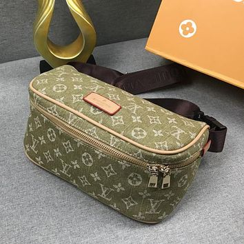 Louis Vuitton LV Woman Men Fashion Waist Bag Crossbody Satchel