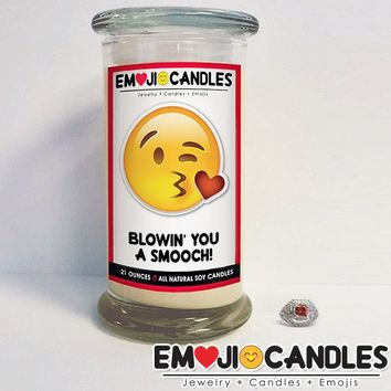 Blowin' You A Smooch! - Emoji Jewel Candle